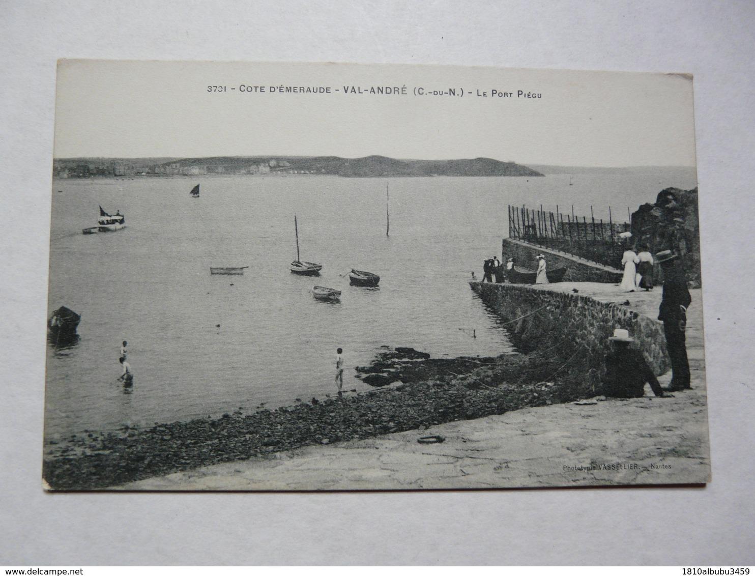 CPA 22 COTE D'ARMOR - VAL - ANDRE : Scène Animée Au Port Piegu - Andere Gemeenten