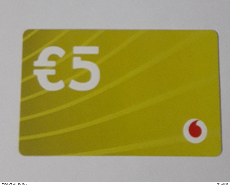MALTA - VODAFONE  PHONECARD  5 EUROS   2019 - Malta