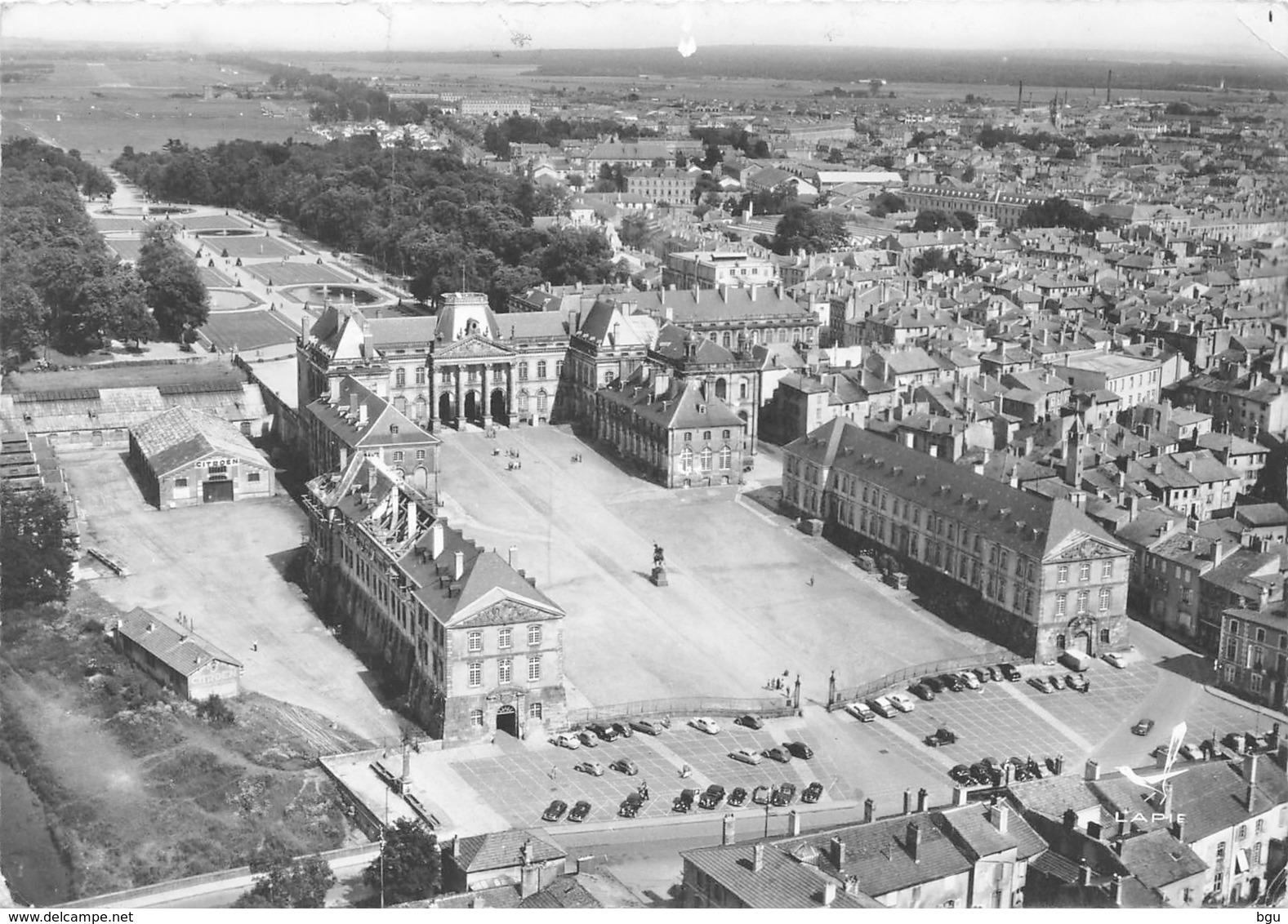 Lunéville (54) - Vue Générale Et Le Château - En Avion Au Dessus De - Flamme Son Château - Non Classés