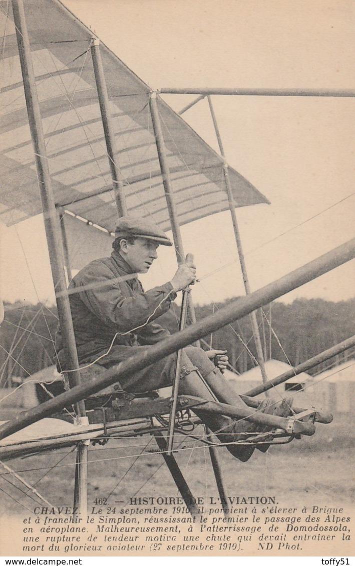 """CPA:HISTOIRE DE L'AVIATION AVIATEUR """"CHAVEZ"""" PILOTANT SON AÉROPLANE - Airplanes"""
