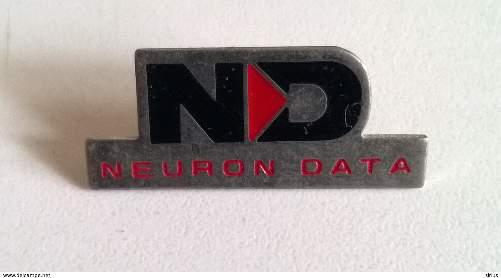 PIN'S NEURON DATA - Informatique
