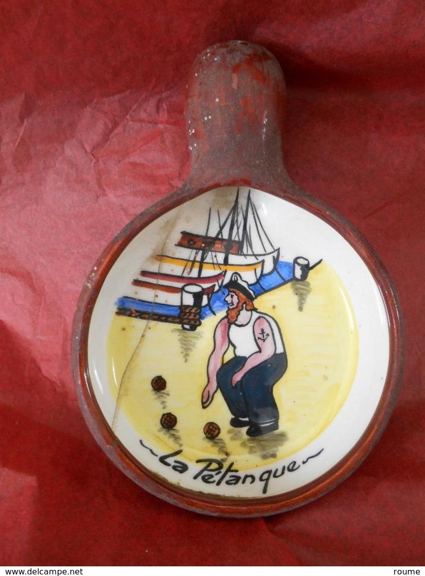 PÉTANQUE -Bouliste Au Port - CoupelleTerre Cuite Diamètre 12cm- Décor Main - Bowls - Pétanque