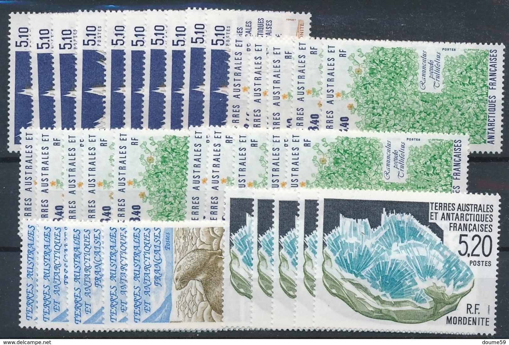 DA-6: TAAF: Lot Stock** Avec N°153(10)-154(15)-158(5)-160(5) - Terres Australes Et Antarctiques Françaises (TAAF)