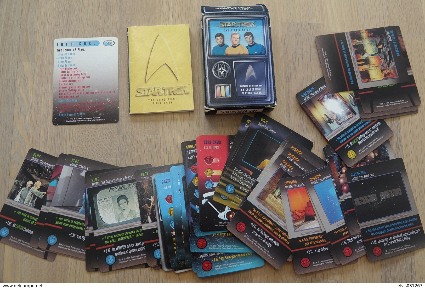 Speelkaarten - Kwartet, STAR TREK - The Cardgame - Rulebook + 65 Collectible Playing Cards - - Cartes à Jouer Classiques