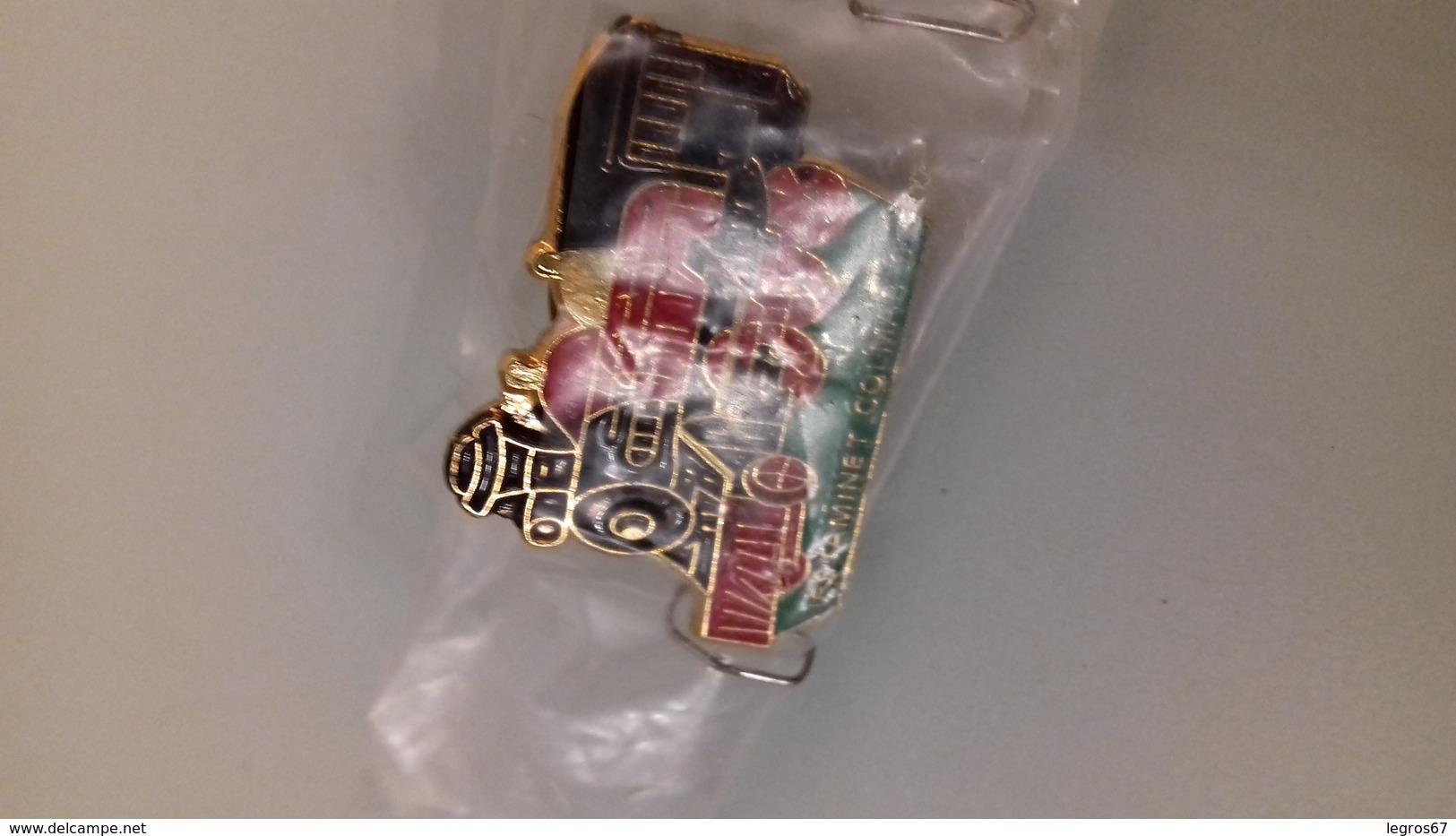 PIN'S ESTAMINET COLMAR - Badges