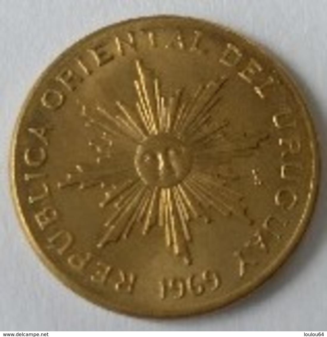 URUGUAY - 1 Peso 1969 - Cu-Alu - - Uruguay