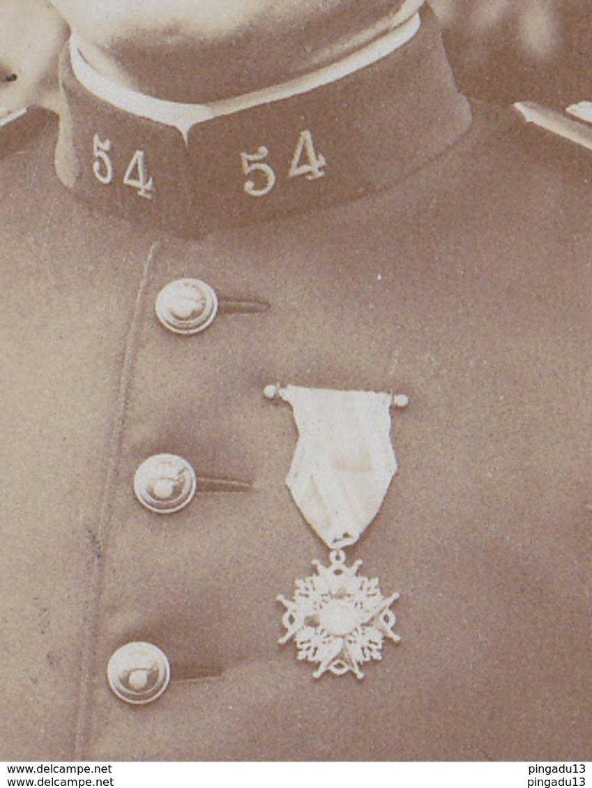 Au Plus Rapide Photo Format Cabinet Militaire Officier Médaille Décoration 54 ème Régiment - Guerre, Militaire