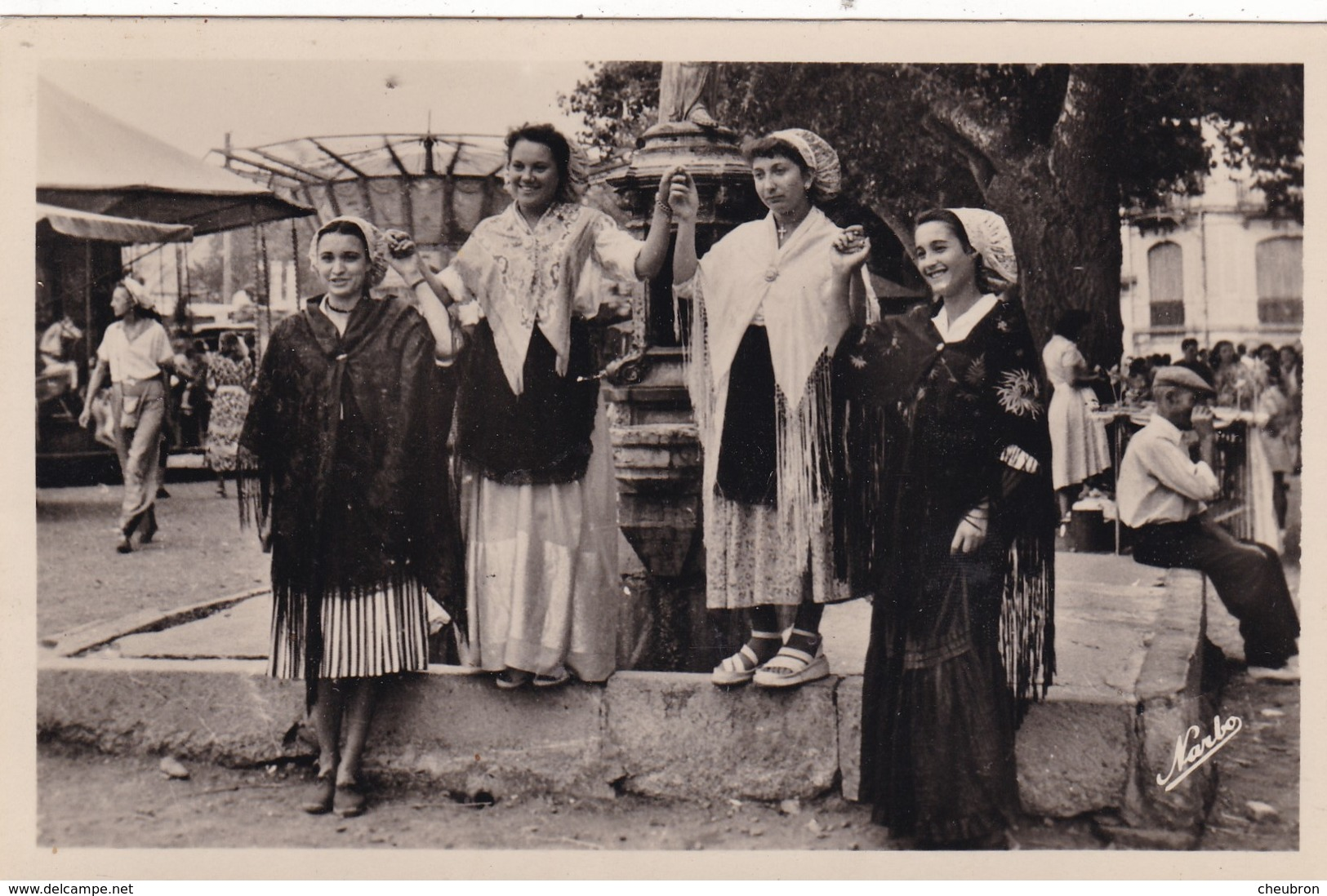 66. BANYULS SUR MER. UN JOLI GROUPE DE CATALANES DANS LEUR COSTUME. ANNEE 1958 - Banyuls Sur Mer