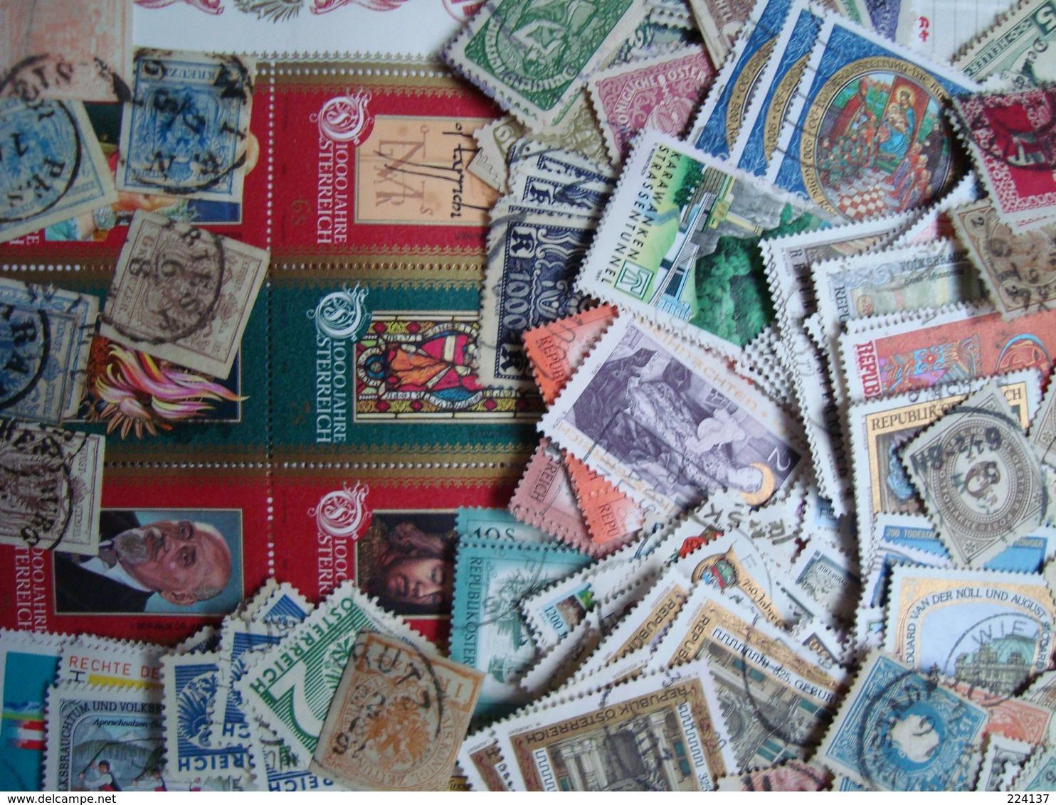 VRAC AUTRICHE + SATELLITES 290 G + 50G - Stamps