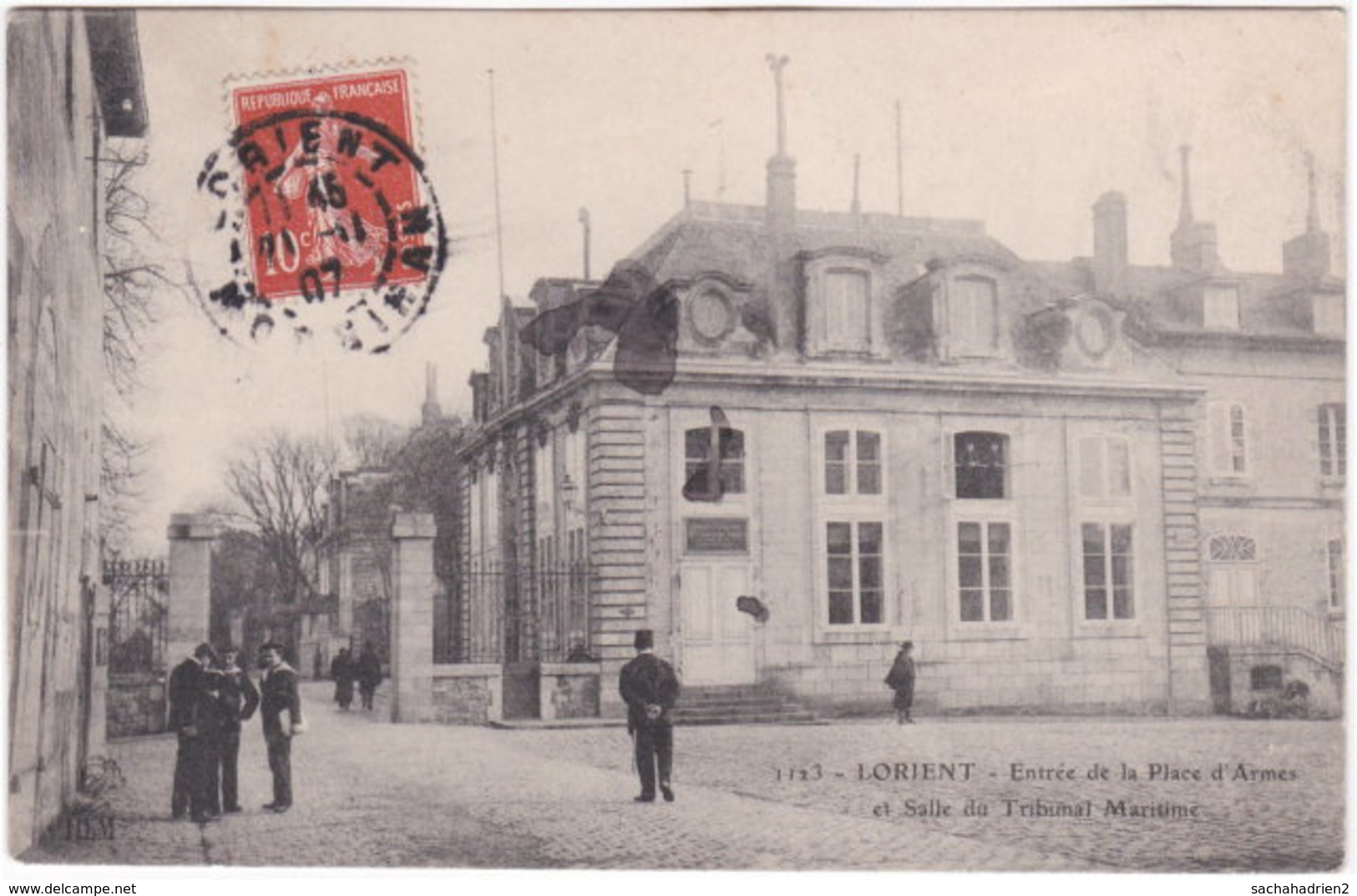 56. LORIENT. Entrée De La Place D'Armes Et Salle Du Tribunal Maritime. 1123 - Lorient