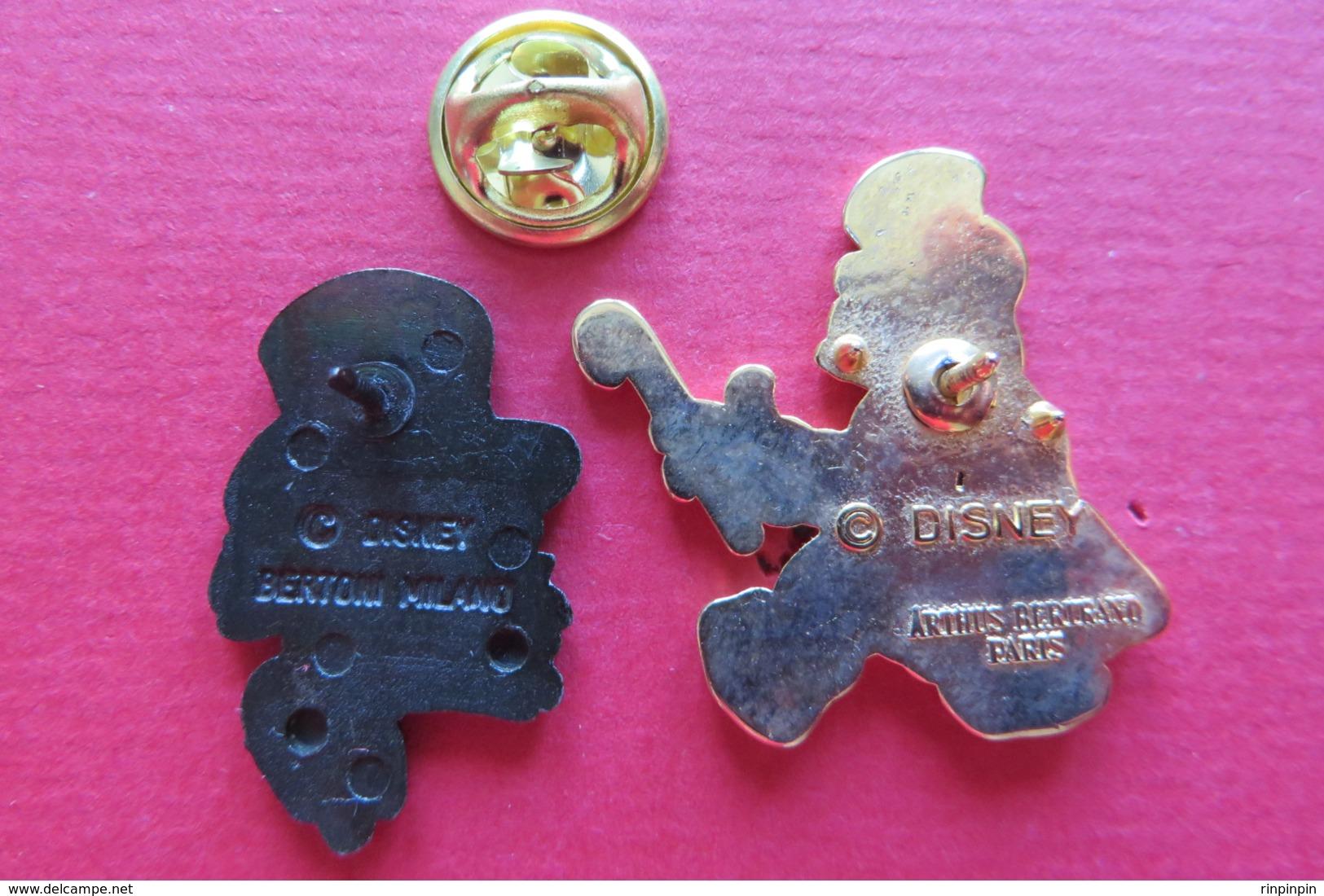 2 Pin's,DISNEY, ONCLE DAGOBERT - Disney