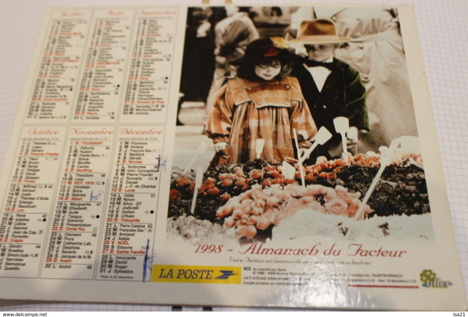 ALMANACH DU FACTEUR Calendrier Des Postes 1998, SOMME, Enfants Jouant Aux Grands  Sur Carton Souple. 2 Photos. - Grand Format : 1991-00