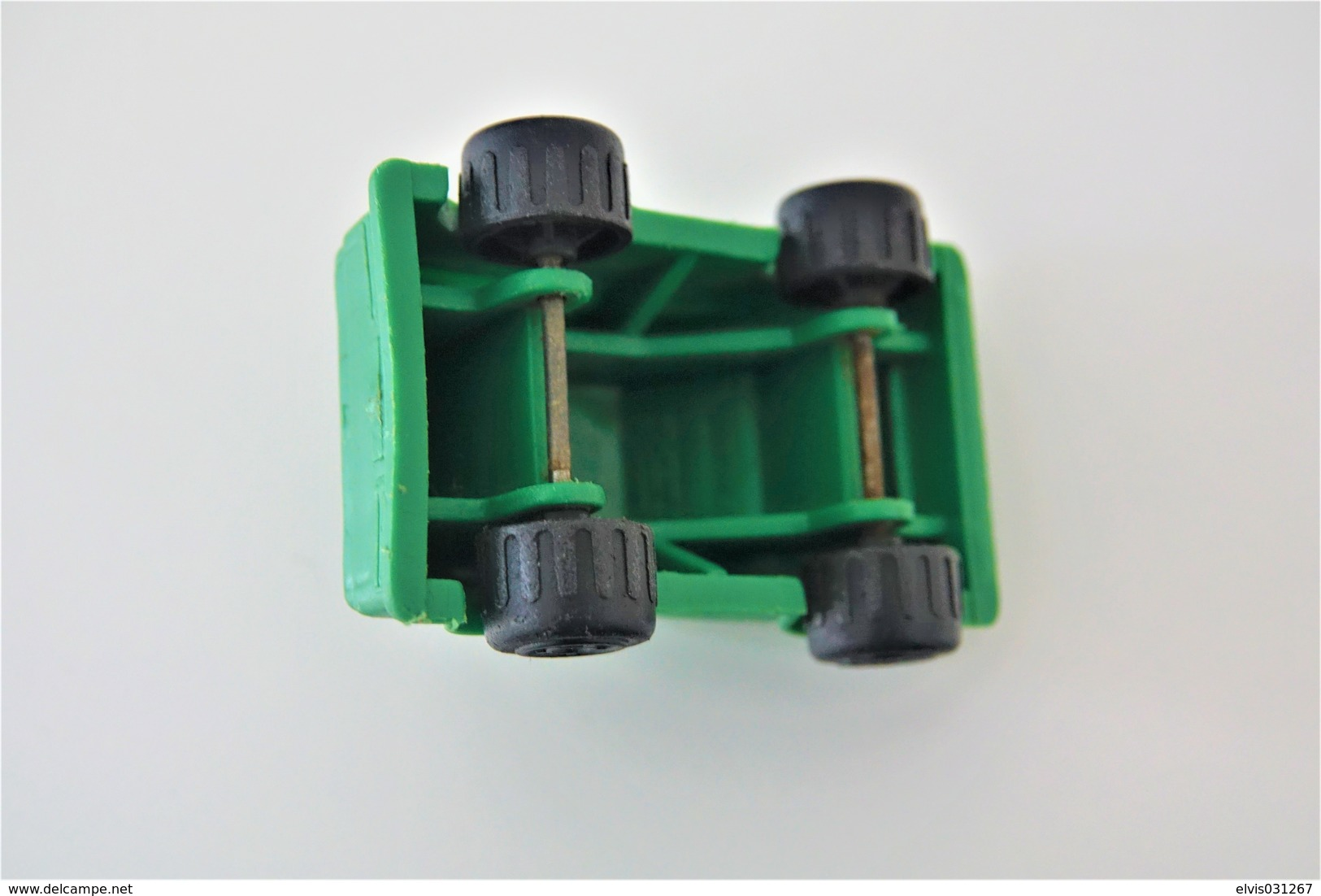 Vintage VINYL TOY CAR : Maker PLASTO Made In Finland - Green Car  7.00cm - 19XX's - Rubber - Other
