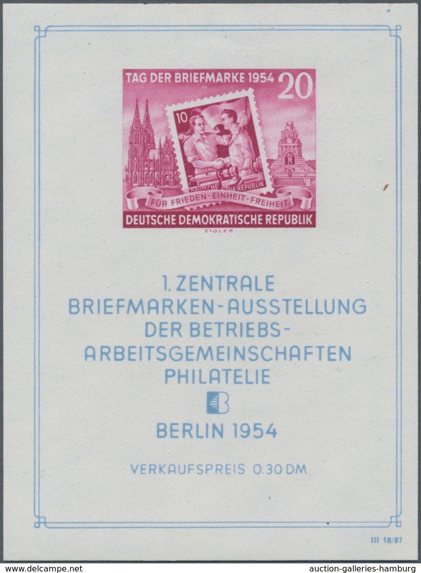 """DDR: 1954, Block """"Tag Der Marke 1954"""", Mit Abart """"Punkt über Rechten Blockeinfassungslinie"""", In Post - Unclassified"""