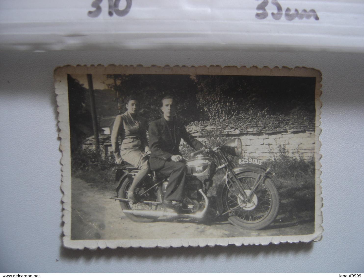Photo MOTOCYCLETTE MOTO TERROT - Coches