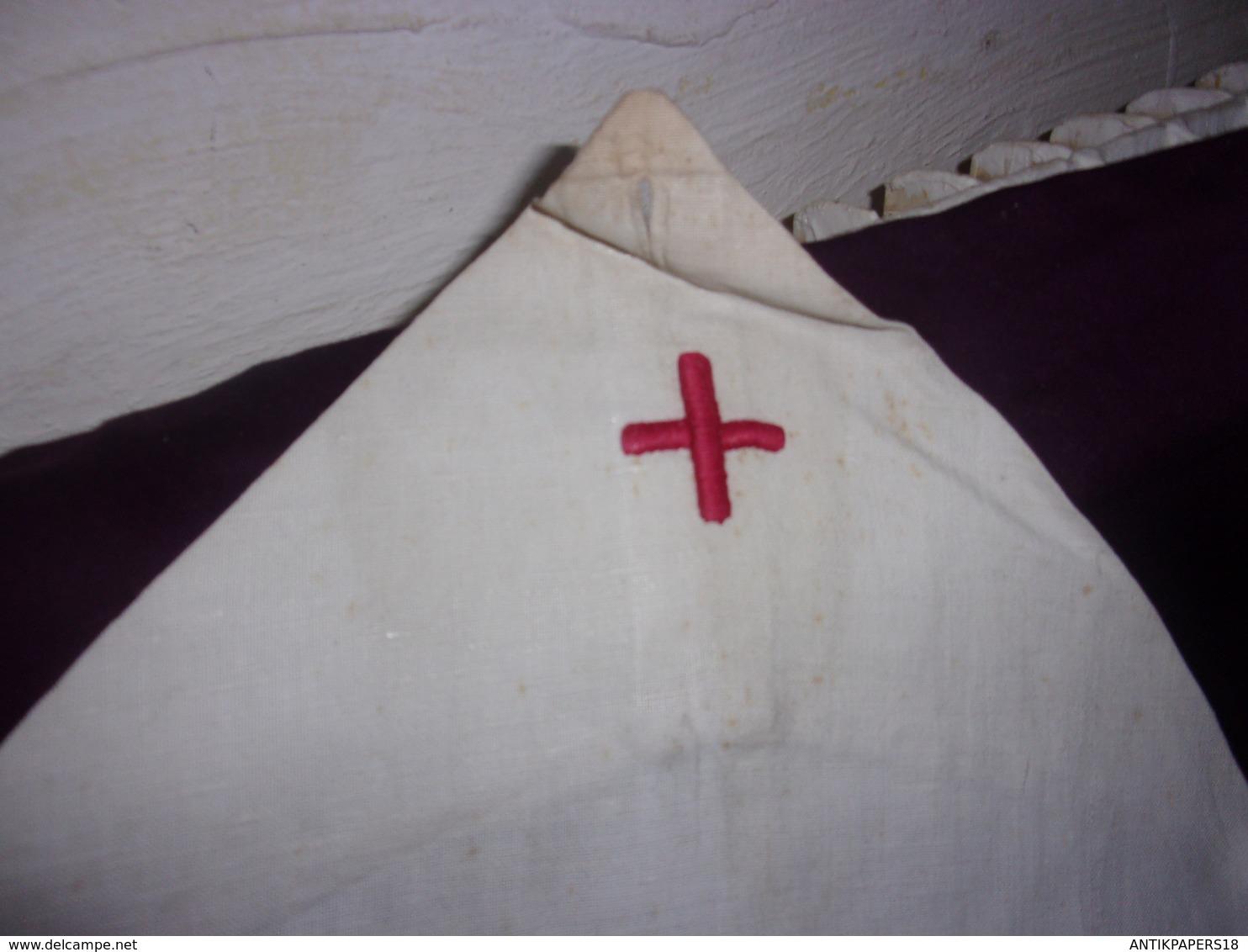 WWI / WWII  CROIX ROUGE  RED CROSS TABLIER  AVEC POCHES INFIRMIERE BON ETAT - Uniforms
