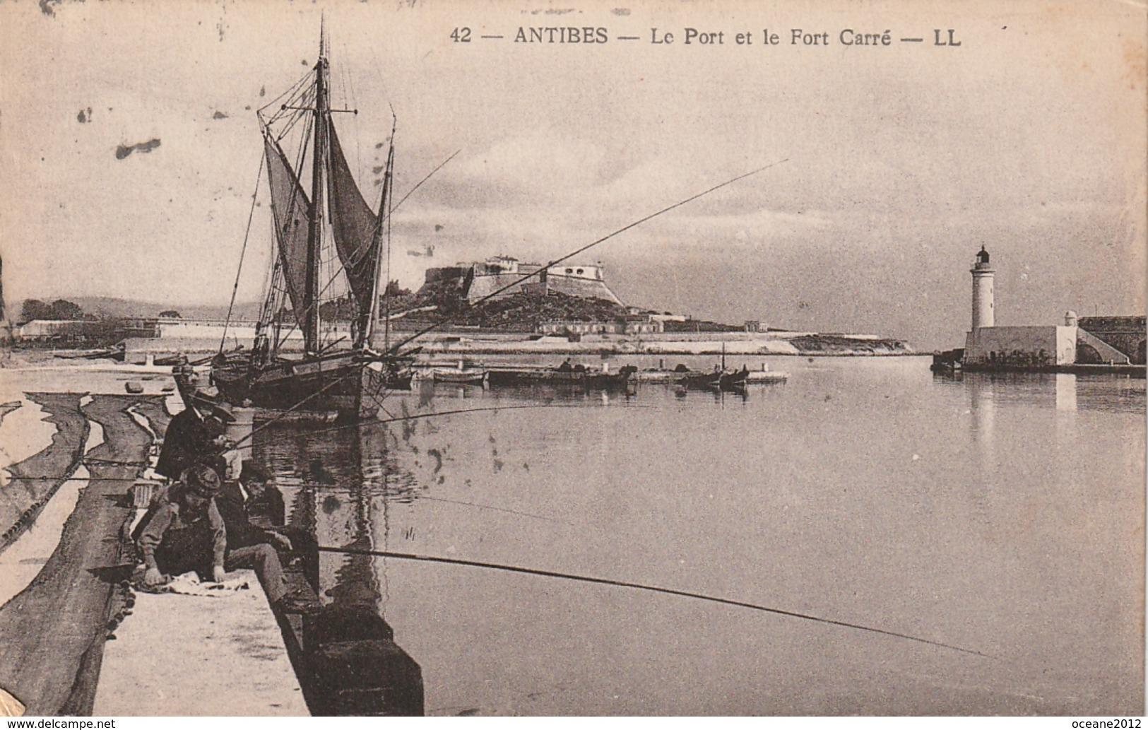 06  Antibes. Le Port Et Le Fort Carré - Autres