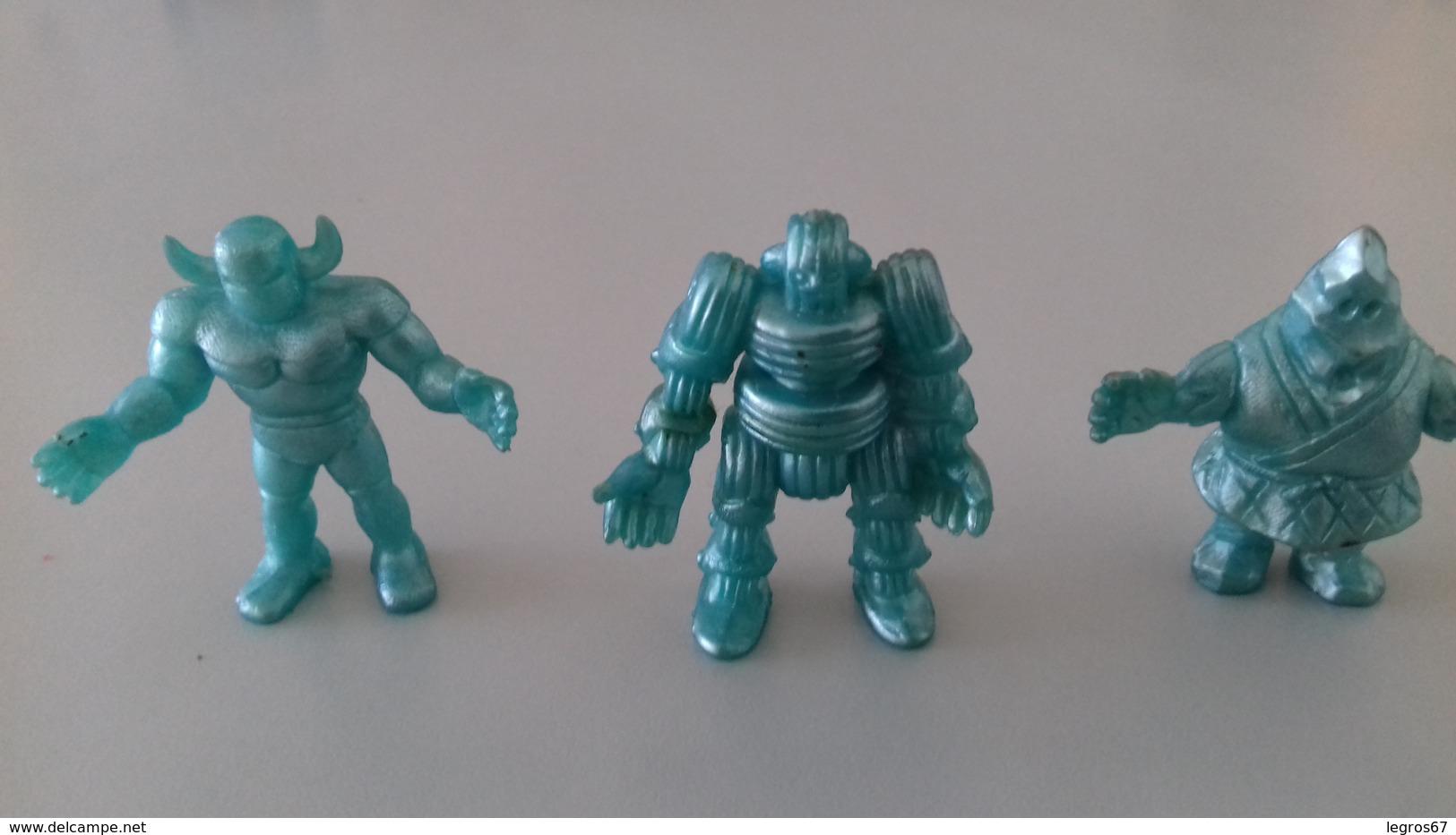 FIGURINE NI LOT 3 SUPER HEROS BLEUS - Figurines