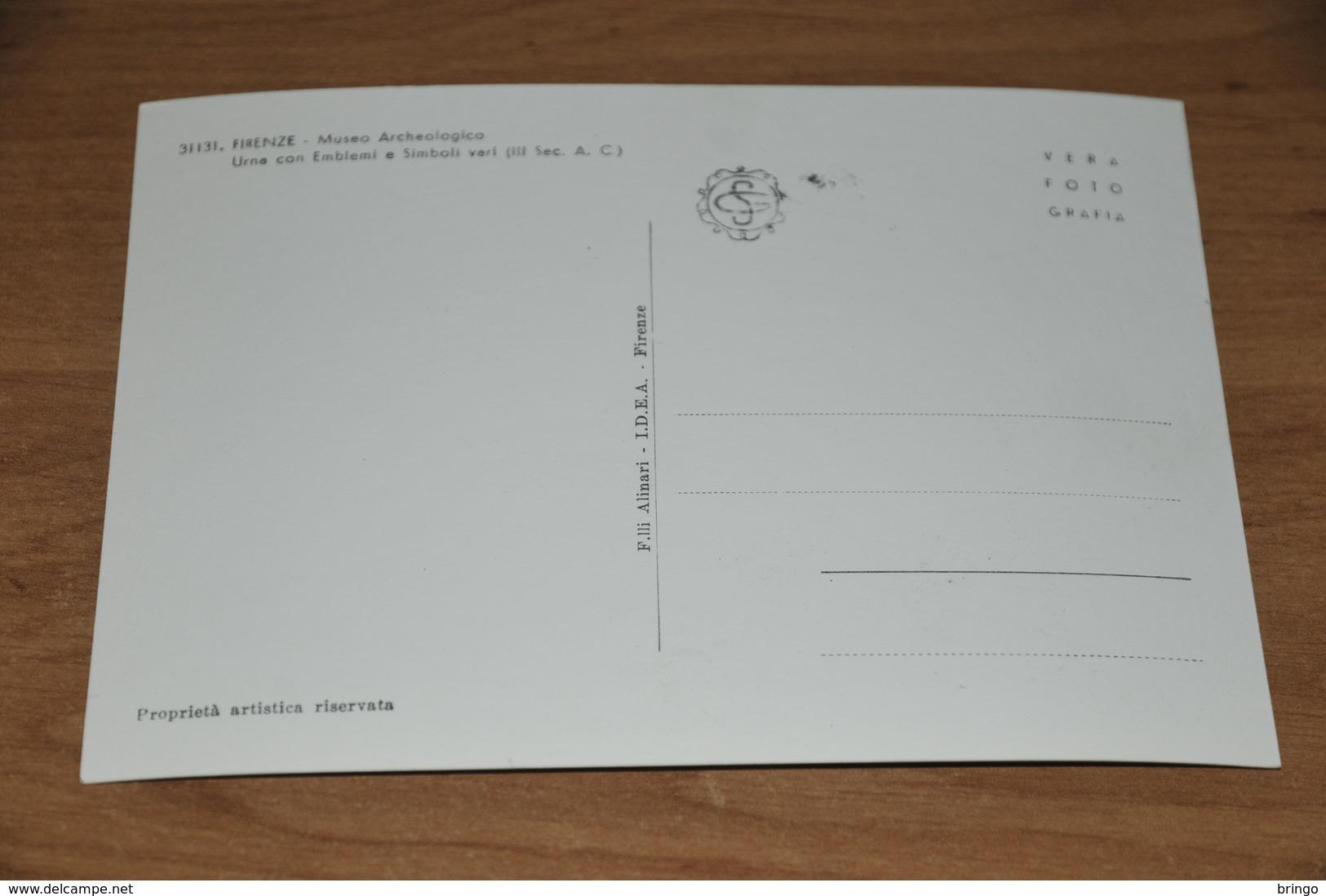 11390-  FIRENZE, MUSEO ARCHEOLOGICO, URNA CON EMBLEMI E SIMBOLI VARI - Firenze