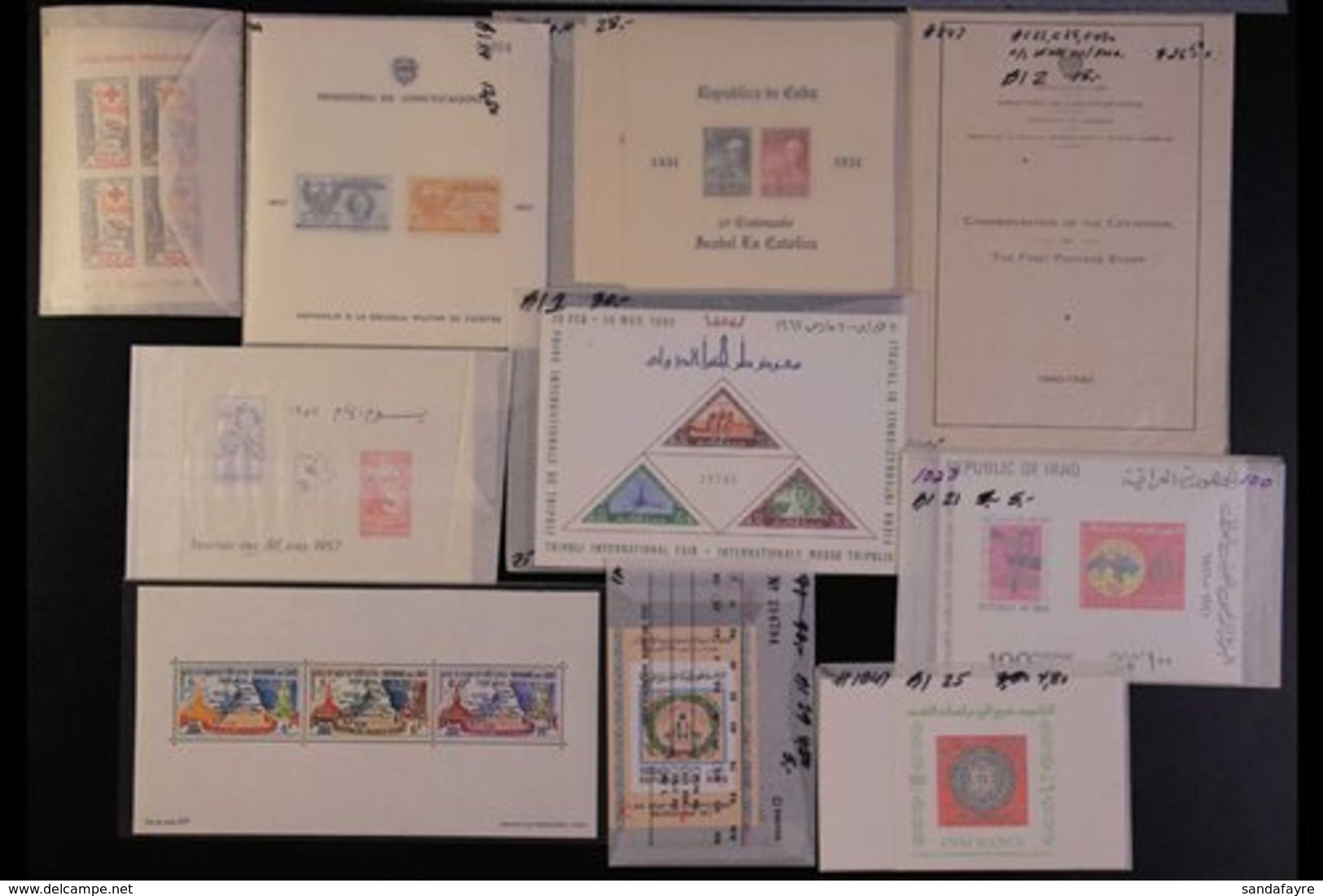 MINIATURE SHEETS 1930's-1990's WORLD NEVER HINGED MINT HOARD Of Mini-sheets With Light Duplication In Places In A Small  - Stamps