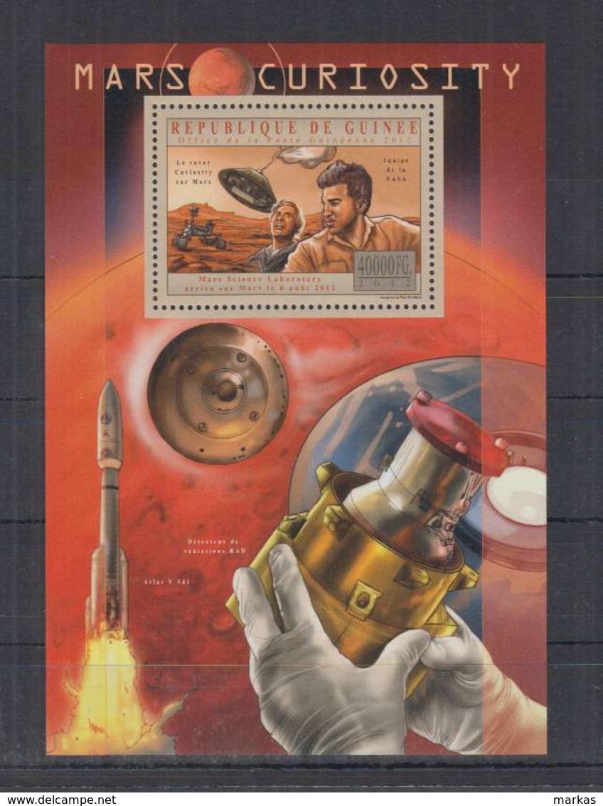 V274. Guinee - MNH - 2012 - Space - Spaceships - Mars - Curiosity - Bl - Espacio
