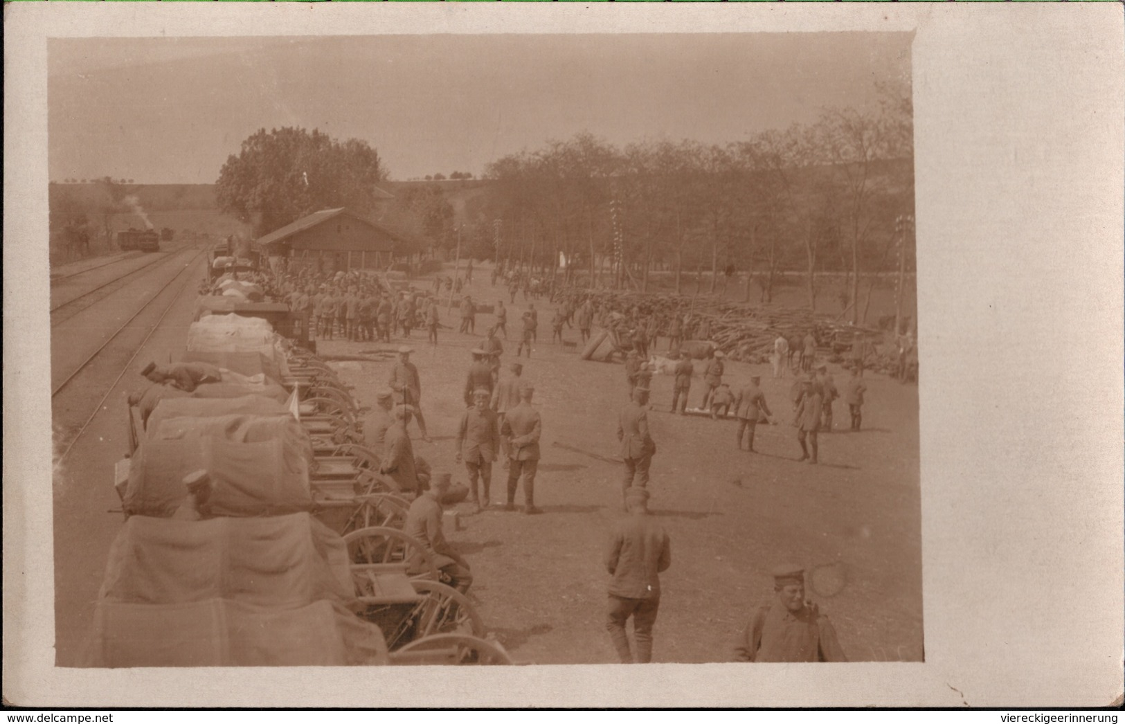 ! Alte Fotokarte Aus Vranje, Photo, Soldaten, 1. Weltkrieg, Guerre 1914-18, Eisenbahn, Bahnhof, Serbien, Militaria - Serbia