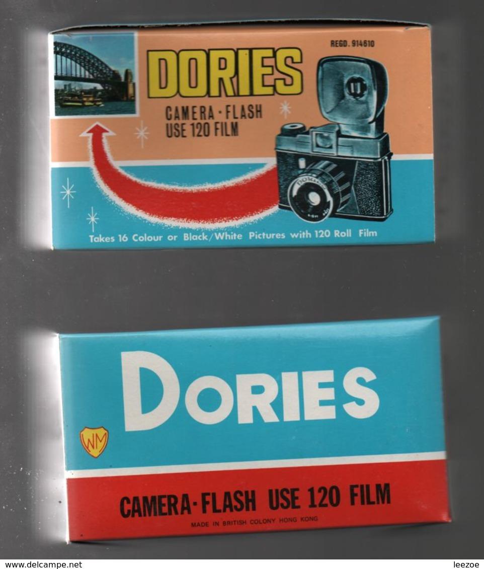 Jouet Vintage Appareil Photo Dories Camera Film 120,british Colony Hong Kong, Boite D'origine - Appareils Photo