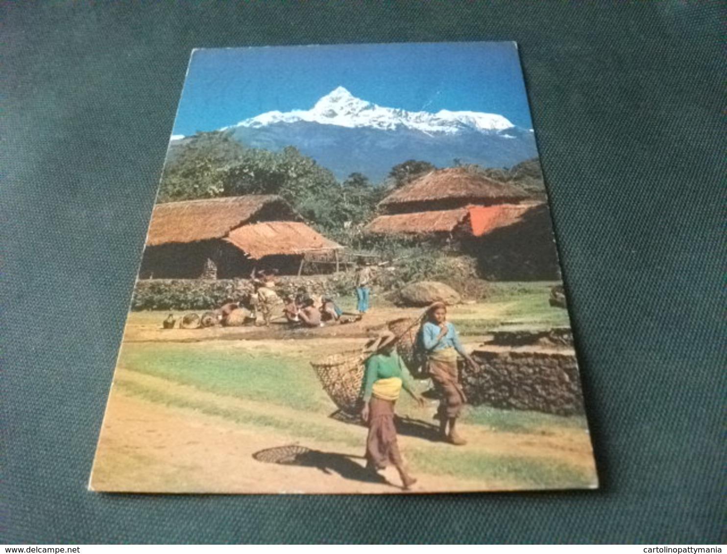 STORIA POSTALE  FRANCOBOLLO  NEPAL BHIM RATNA HARSHA RATNA  NEW HOTEL CRYSTAL POKHARA PIEGHE - Nepal