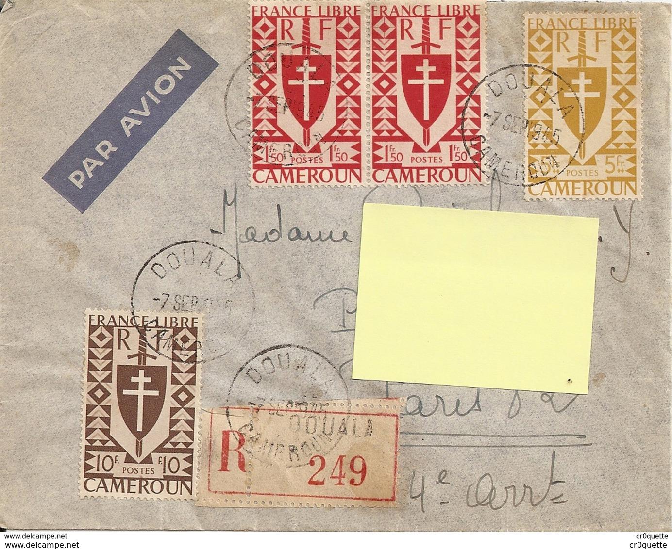 CAMEROUN DOUALA 1945 - ENVELOPPE TIMBREE Pour FRANCE - Cameroun (1915-1959)