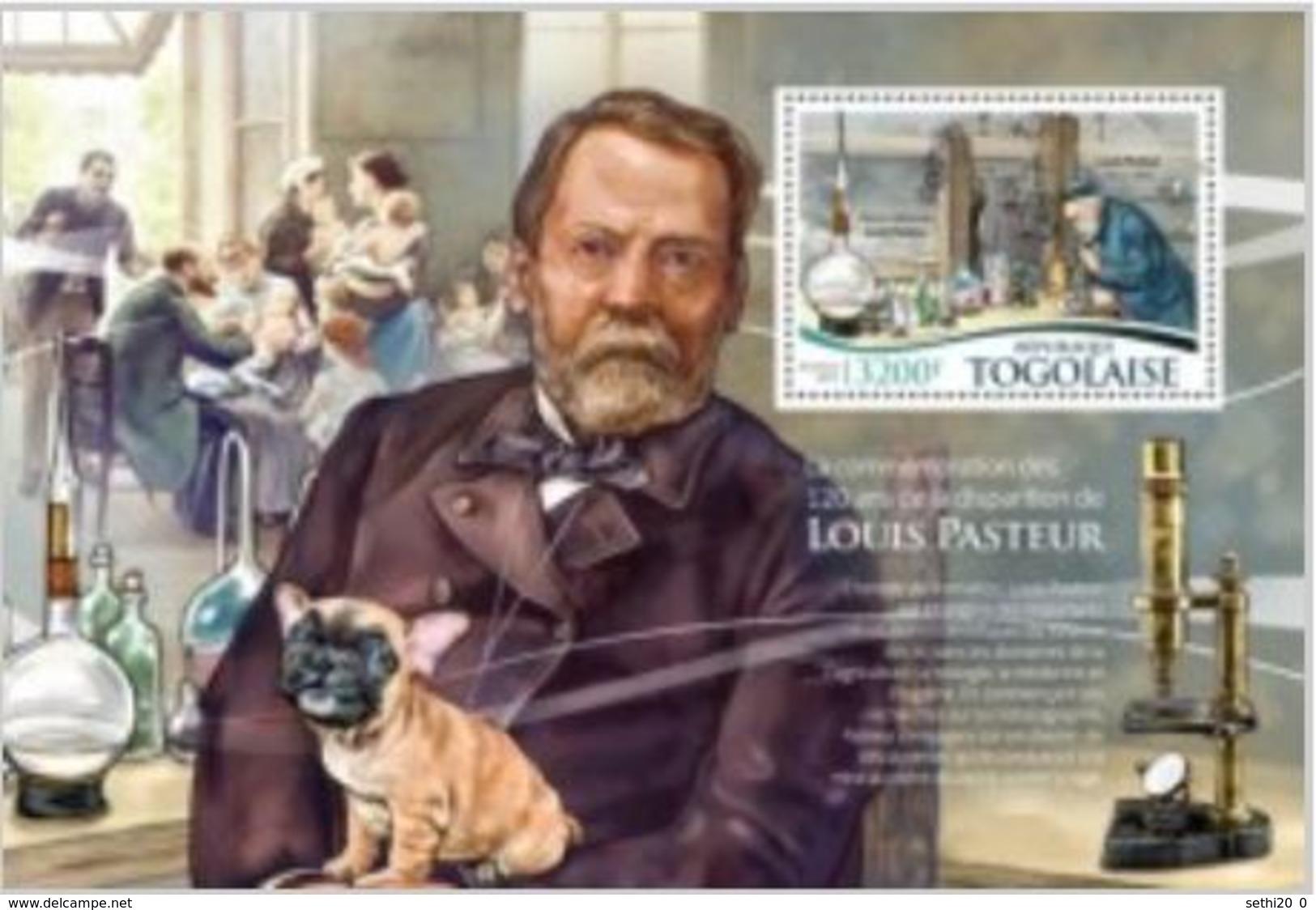 Togo 2015 Louis Pasteur Chien Dog Microscope   MNH - Louis Pasteur