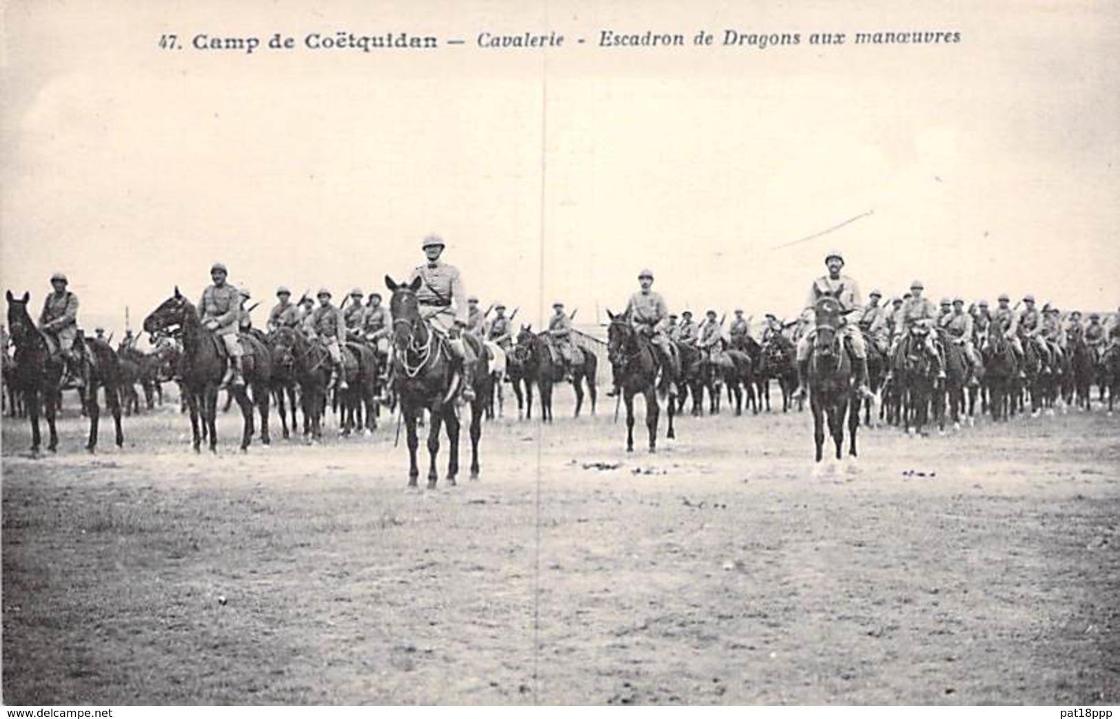 MILITARIA ( Guerre 1914-18 ) CAMP De COËTQUIDAN : Cavalerie - Escadron De Dragons Aux Manoeuvres - CPA - Morbihan - Guerre 1914-18
