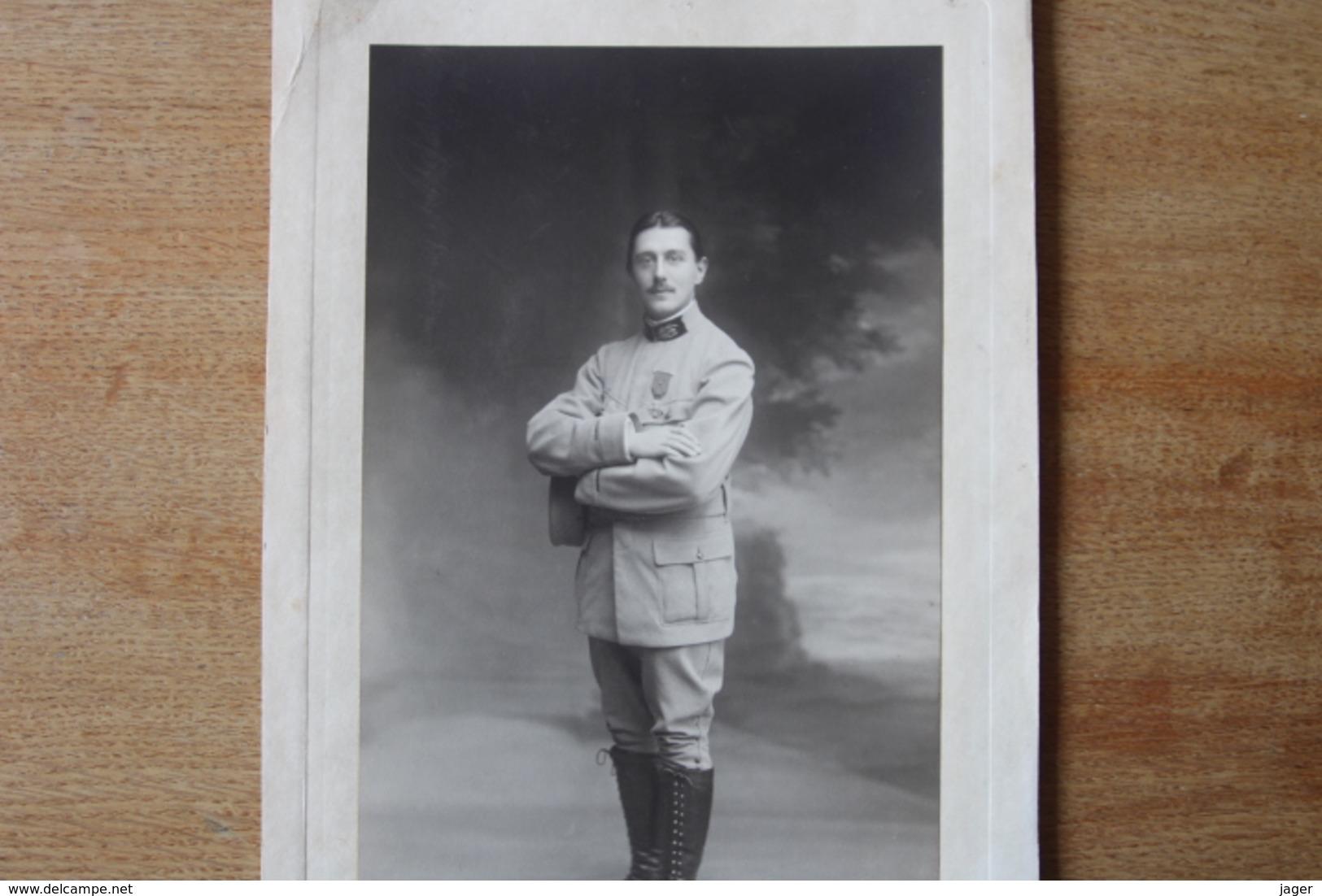 Photo Militaire Guerre 1914 1918  Medecin Militaire Croix De Guerre  Très Beau Tirage Studio - Guerra, Militares