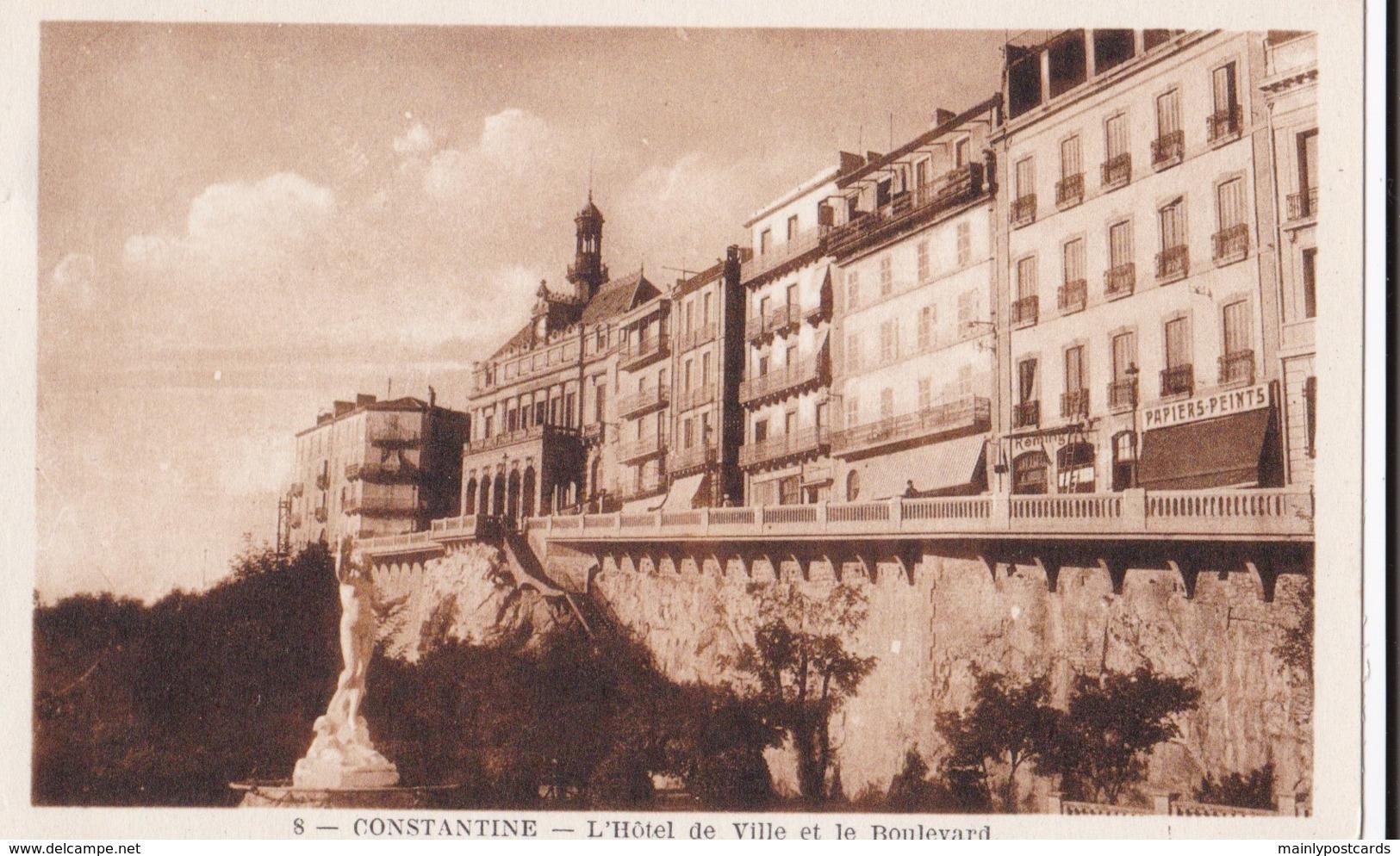 AN41 Constatine, L'Hotel De Ville Et Le Boulevard - Constantine