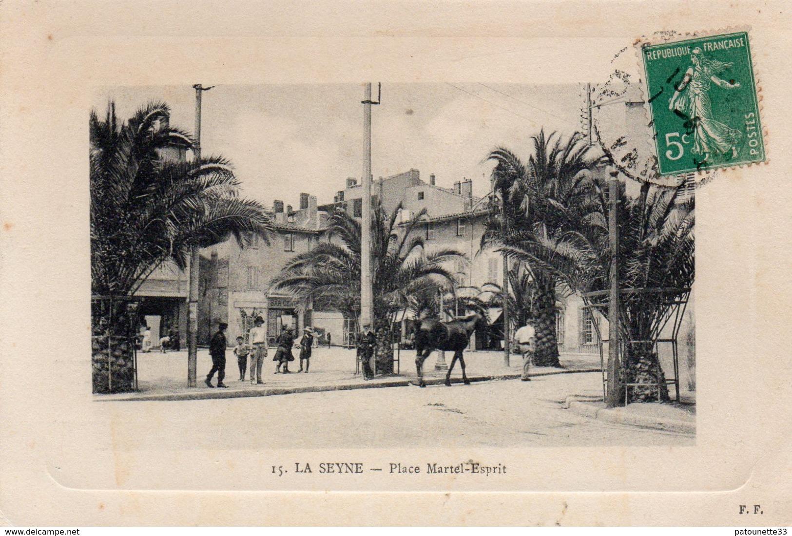 83 LA SEYNE SUR MER PLACE MARTEL ESPRIT CARTE GAUFREE - La Seyne-sur-Mer