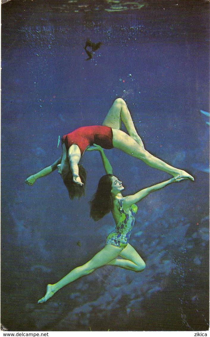 Pin-Ups Girl,costume Da Bagno. Circus,U.S. Postcard - Pin-Ups