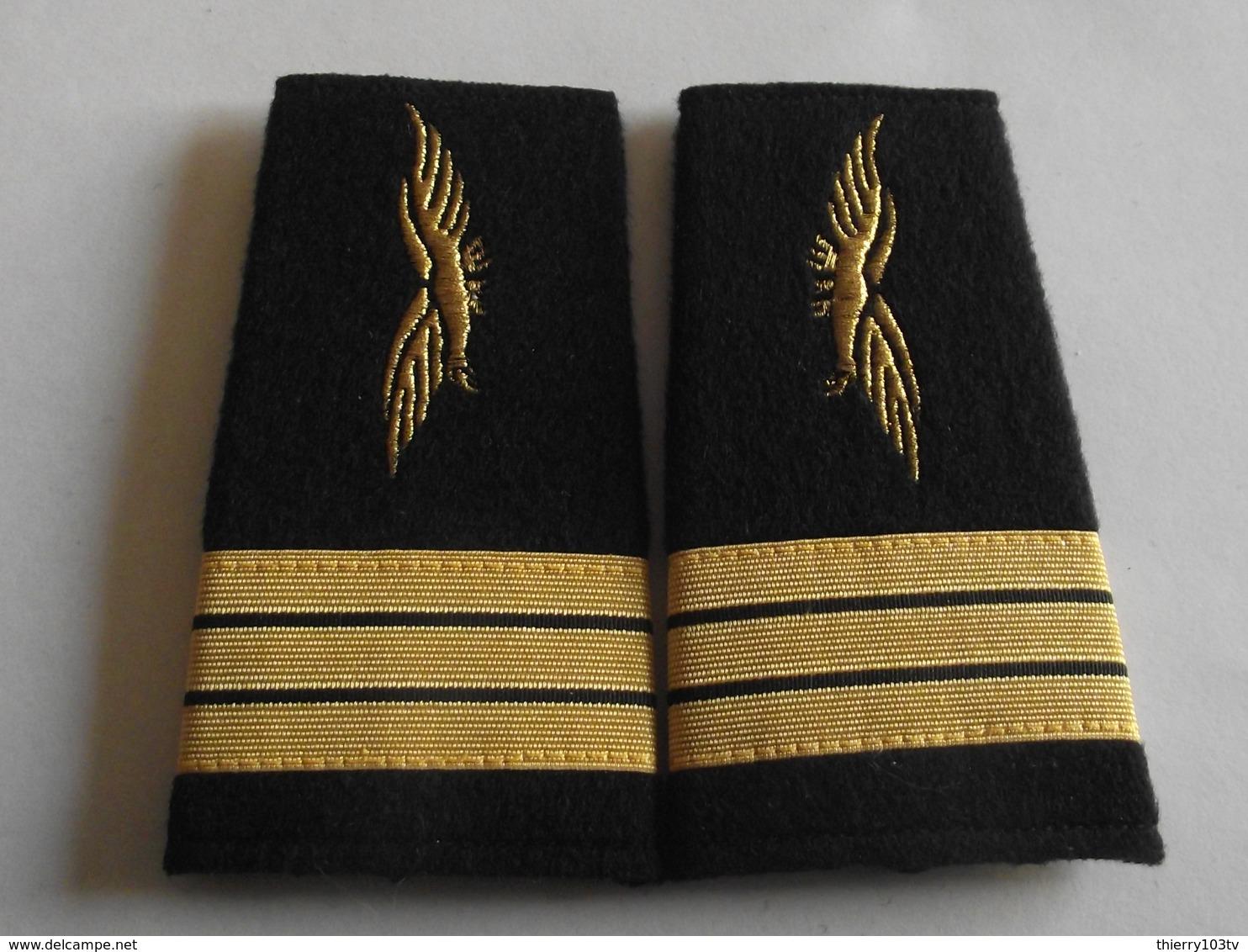 Fourreaux Grade Capitaine Armée De L'air - Uniforms