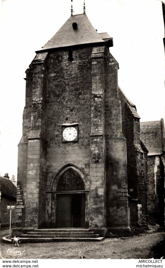 3279-2019     ST AMAND EN PUISAYE  L EGLISE - Saint-Amand-en-Puisaye
