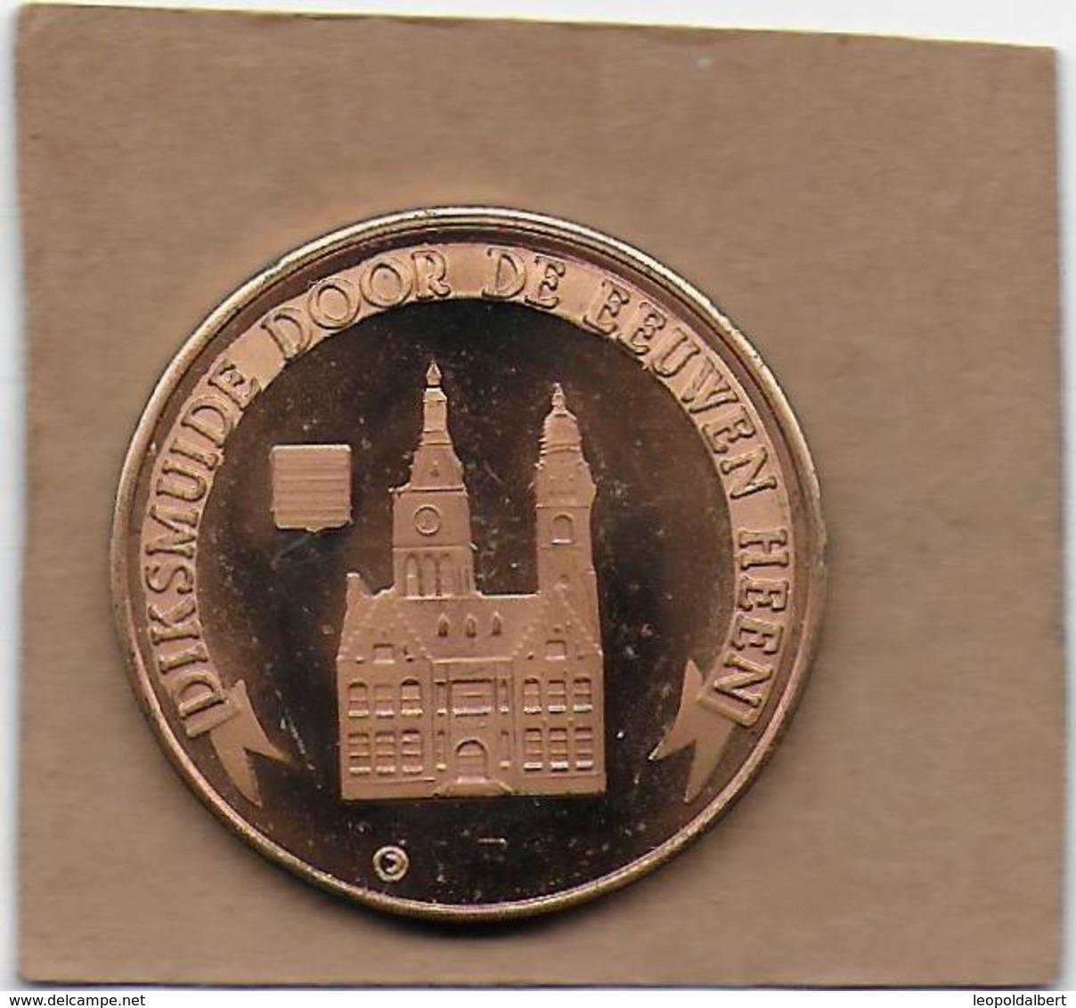 100 LAMMERE 1982 DIKSMUIDE DOOR DE EEUWEN HEEN - Gemeentepenningen