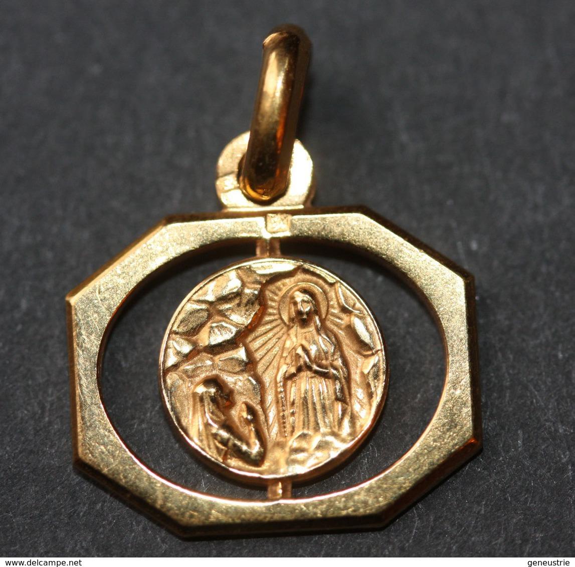 """Beau Pendentif Médaille Religieuse Années 30 Art Déco """"Notre-Dame De Lourdes"""" Religious Medal - Religion & Esotérisme"""