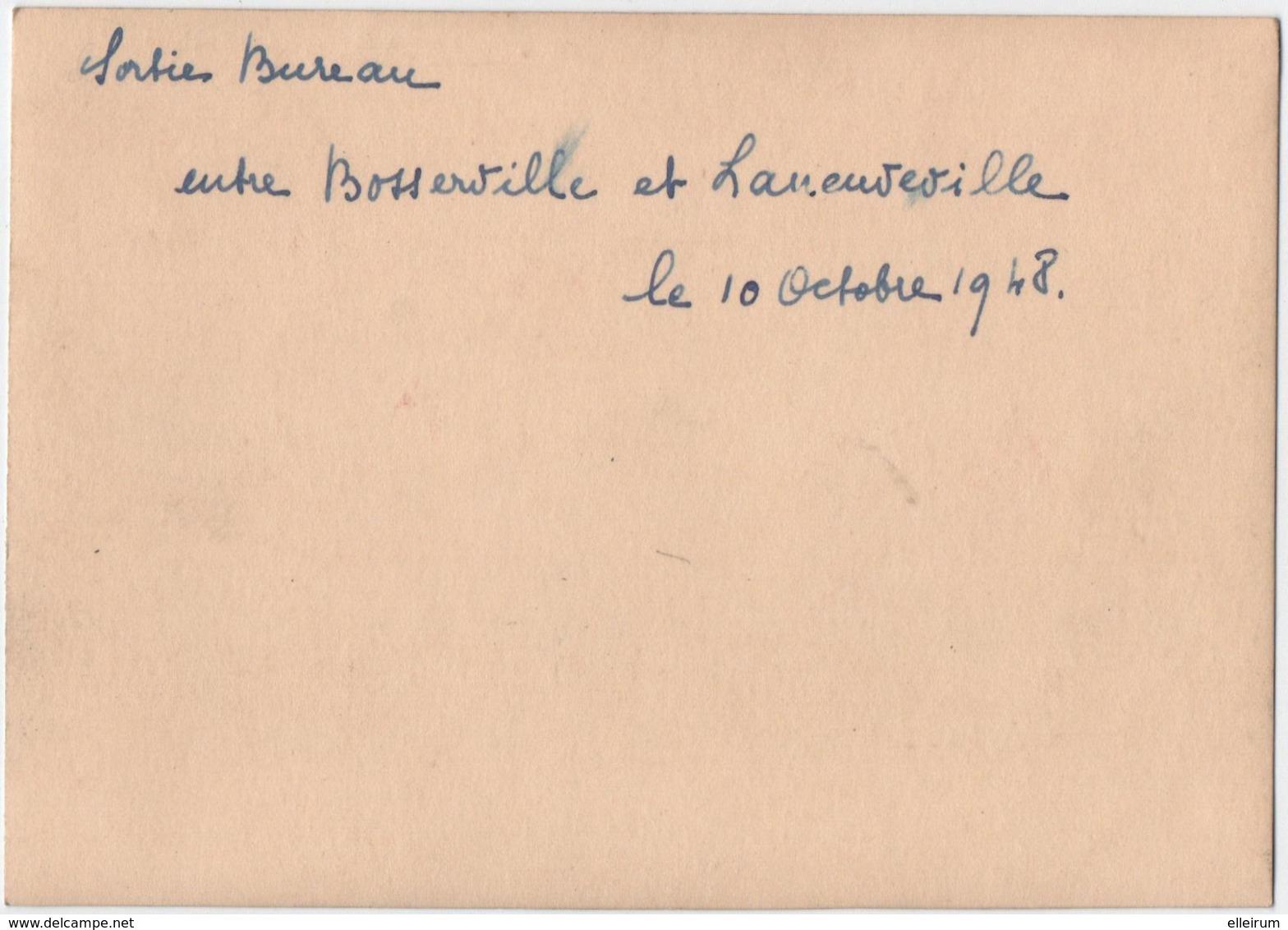 LANEUVEVILLE-devant- NANCY. BOSSERVILLE. PHOTO. GROUPE De PERSONNES. SORTIE De BUREAUX. - Orte