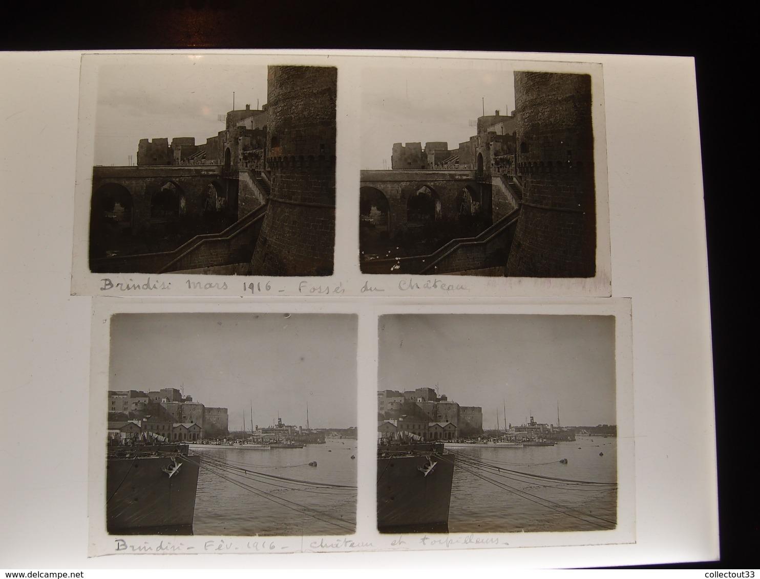 2 Plaques De Verre Stéréoscopiques Italie Brindisi 1916  Chateau Et Torpilleurs Marine Nationale - Diapositivas De Vidrio