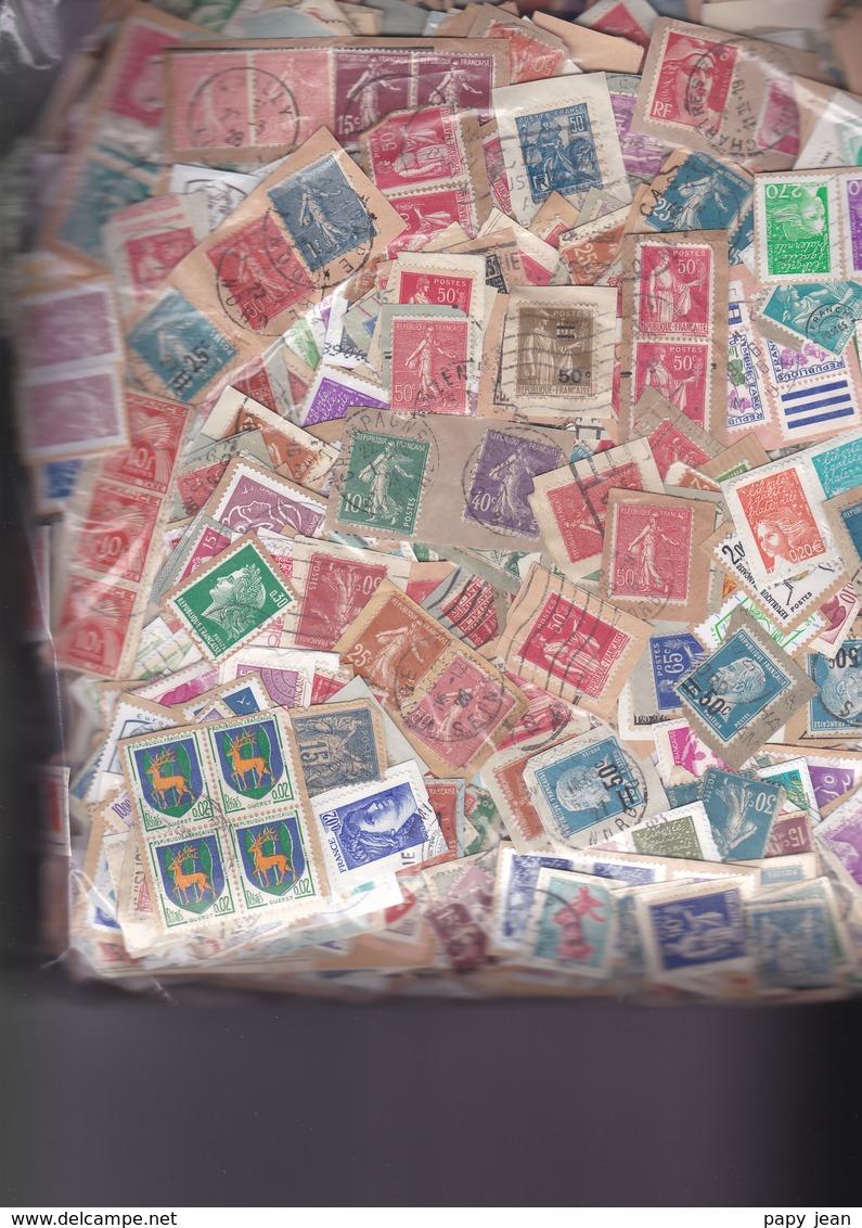 1 Kg TIMBRES FRANCE  Petits  Formats-  Sur Fragments - En Provenance Des Missions - Timbres