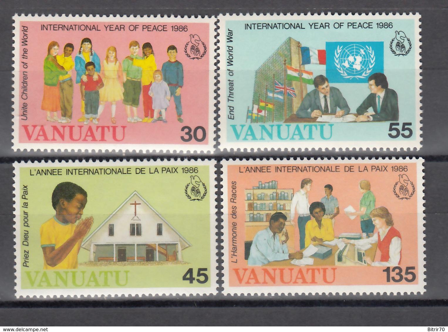 1986  YVERT Nº 751 / 754 MNH,  Navidad,  Año Internacional De La Paz - Vanuatu (1980-...)