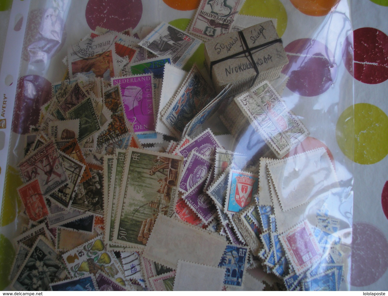 Destockage -Lot De 200 Gr De TP Principalement Afrique( Nbreux Doubles) + Nbreux Taxes St Pierre & France Neufs Ts états - Timbres