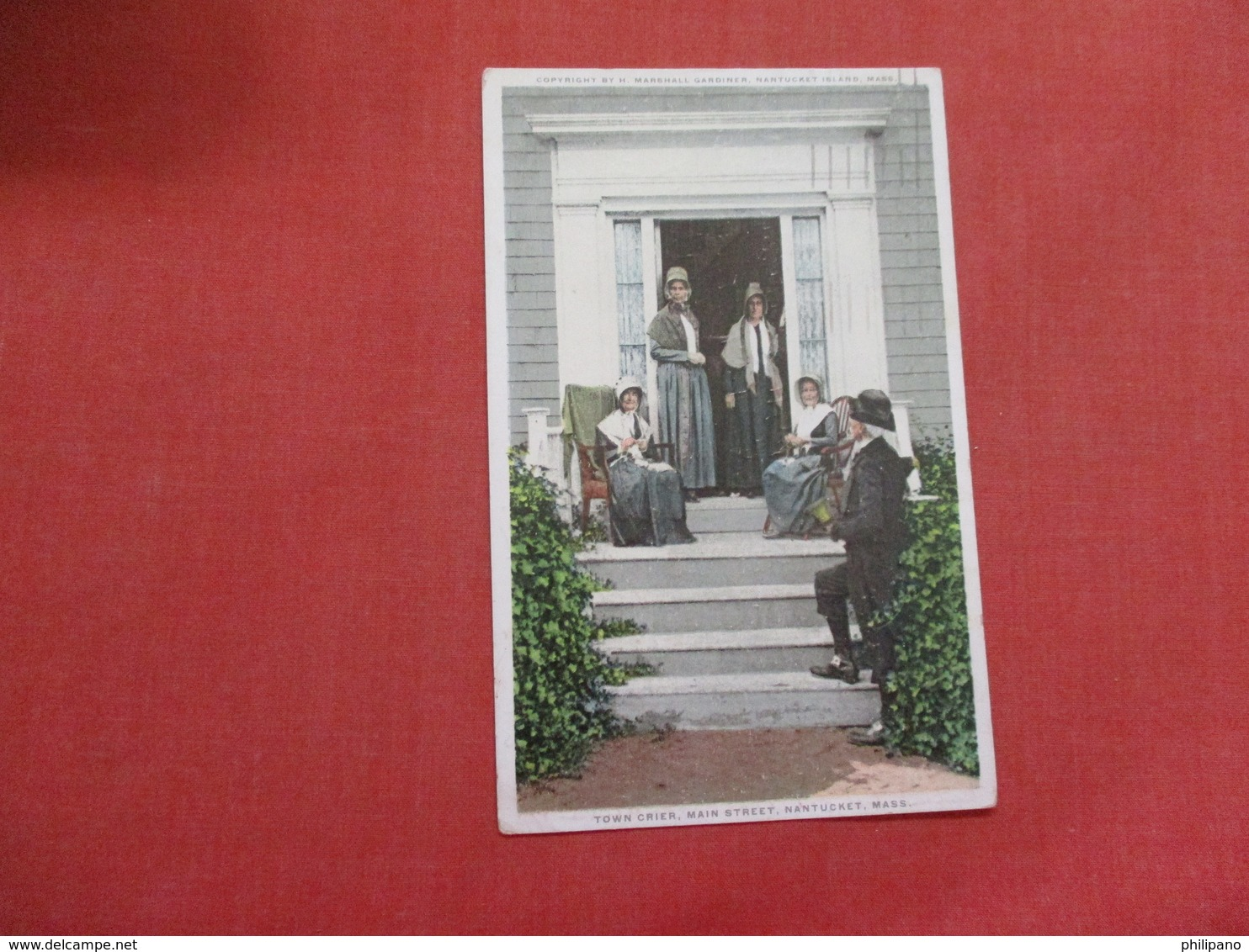 Massachusetts > Nantucket  Town Crier  Main Street     Ref    3581 - Nantucket