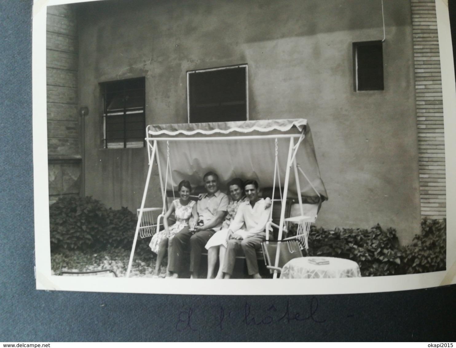 COUPLE PRESIDENT JACQUES CHIRAC  FRANCE UNE PHOTO ORIGINALE + 119 AUTRES PHOTOS FRANCE ITALIE GRÈCE... - Personnes Identifiées