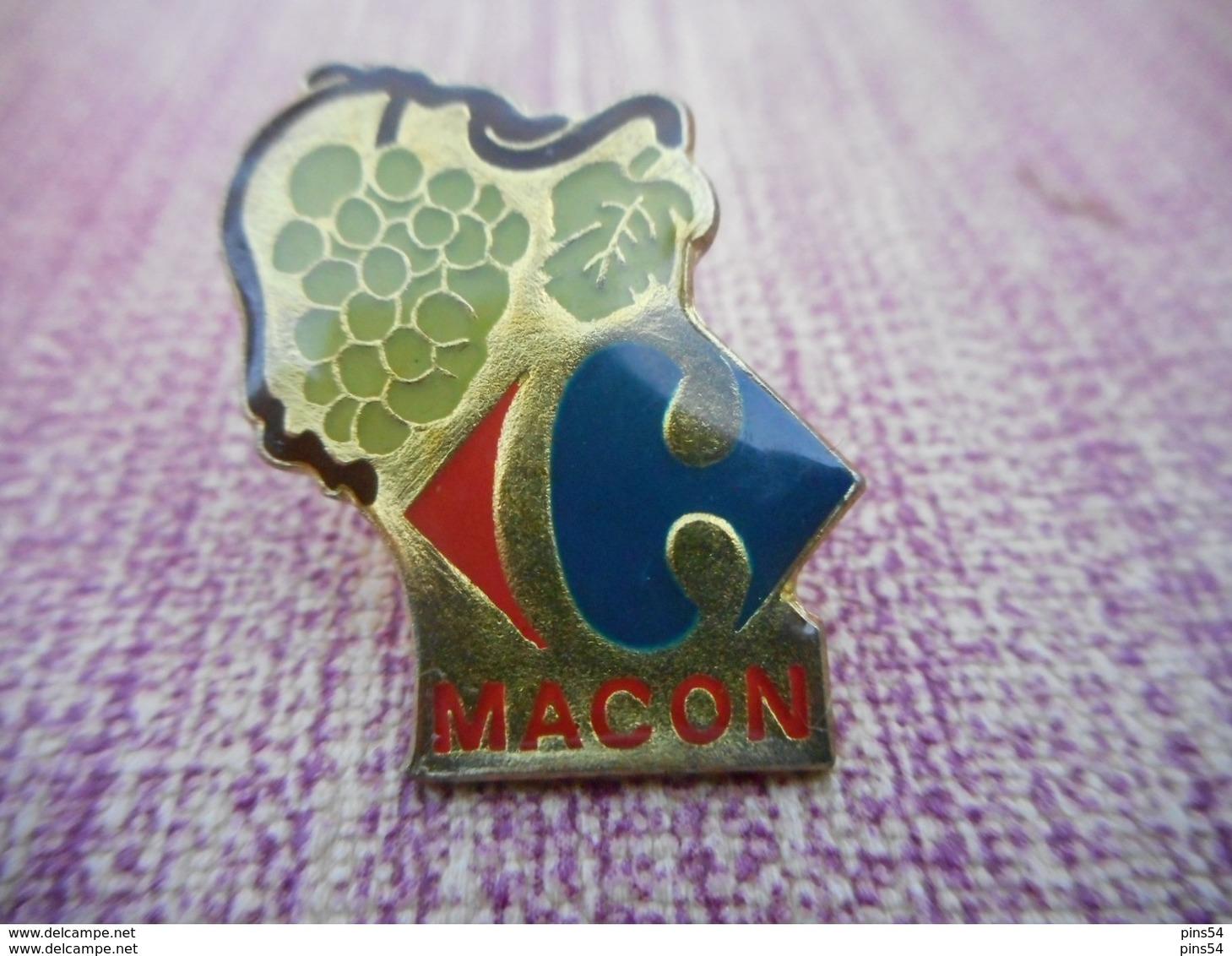 A008 -- Pin's Carrefour Macon - Merken