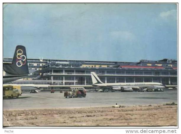 N°5537 -cpsm Aéroport Paris Orly -l'aire De Stationnement Et L'aérogare- - Aerodromes