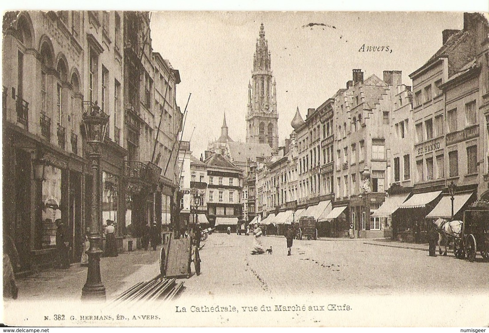 ANVERS  --   La Cathédrale Vue Du Marché Aux Oeufs - Antwerpen