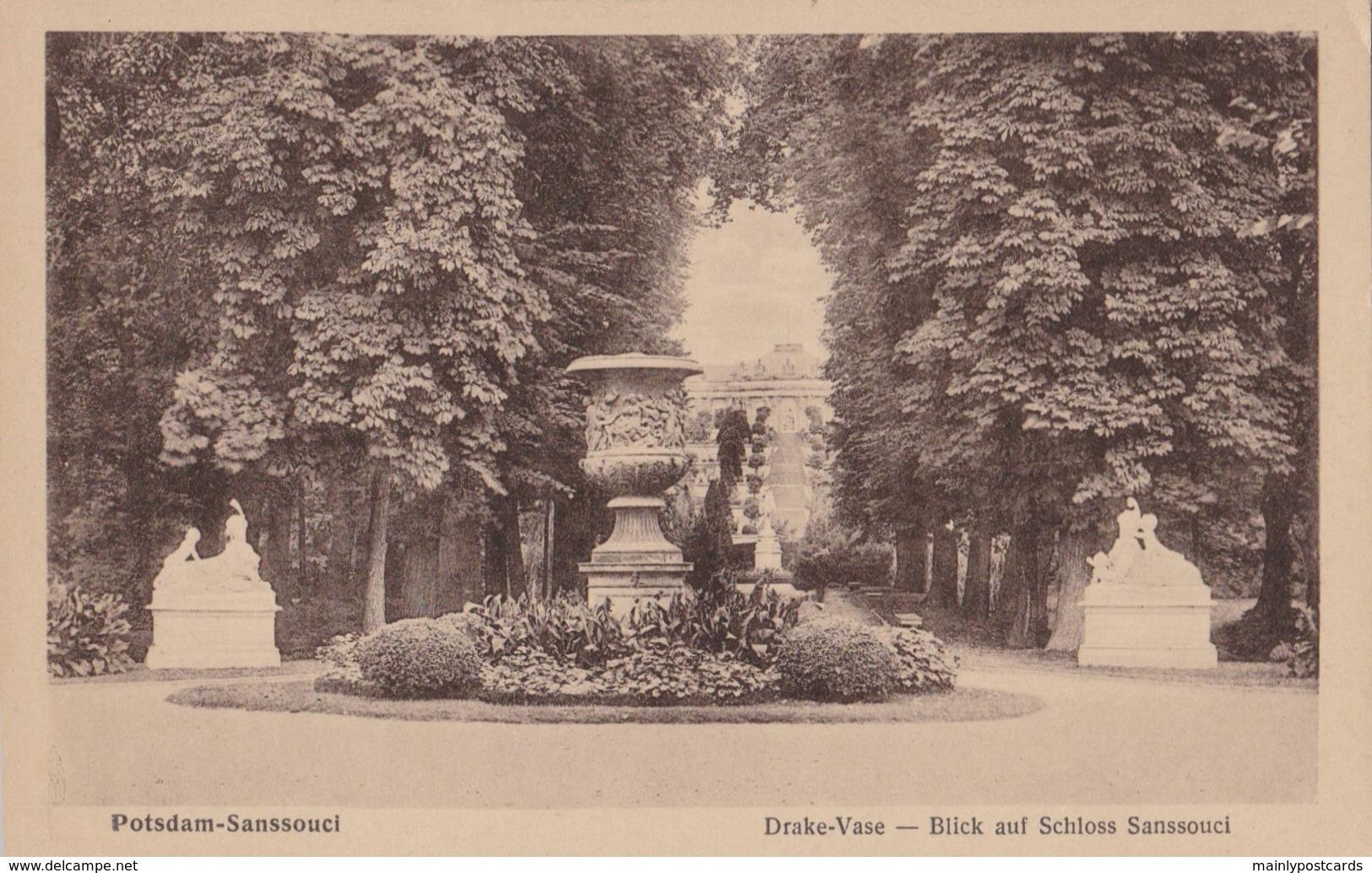 AP74 Potsdam, Sanssouci, Drake Vase, Blick Auf Schloss Sanssouci - Potsdam
